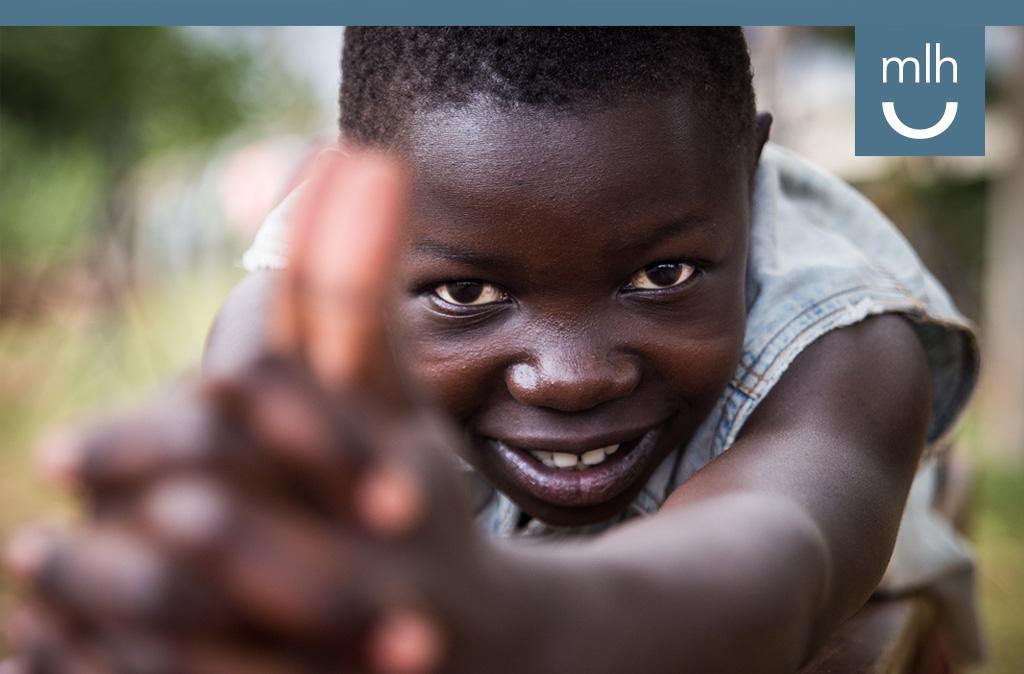 La familia de Petits Detalls en Mupenzi crece y nosotros queremos seguir a su lado, dándoles la mano